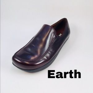 Earth Leather Dress Loafers